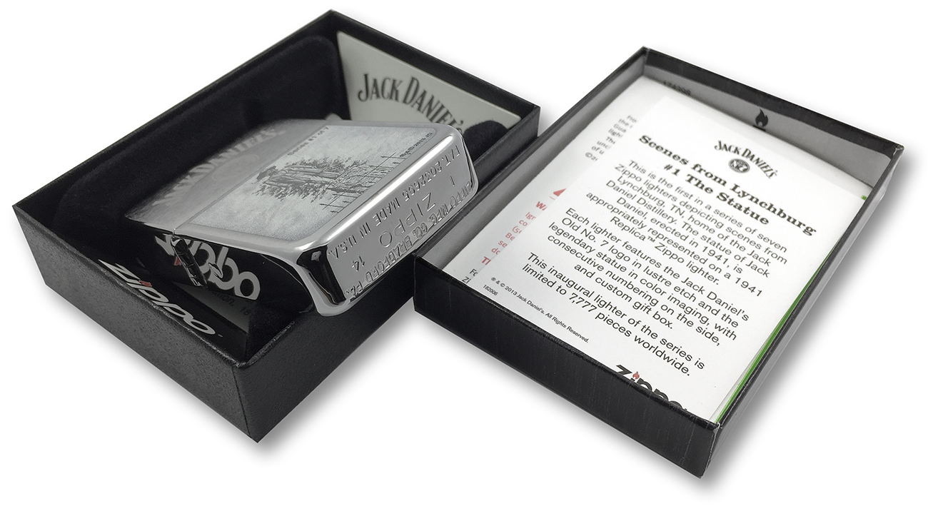 28736 Зажигалка Zippo 1941 Replica Statue of Jack Daniel, Brush Chrome - заводской штамп на донышке