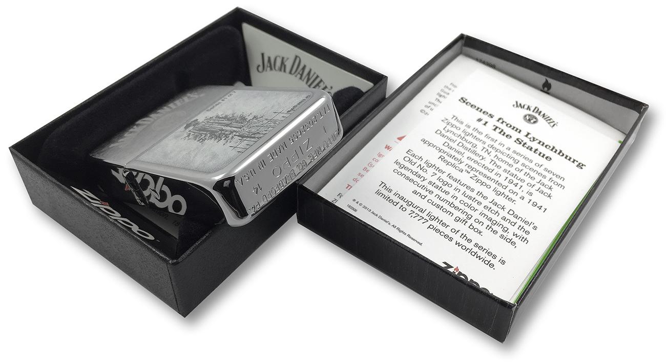 28736 Зажигалка Zippo 1941 Replica Statue of Jack Daniel, Brush Chrome - заводской штамп на донышке