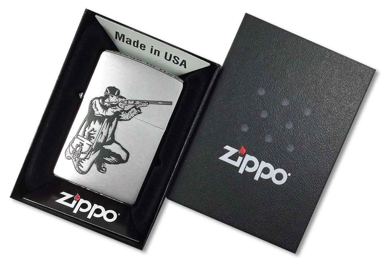 200 Rifle and Hunt Зажигалка Zippo, Brushed Chrome - в подарочной коробке