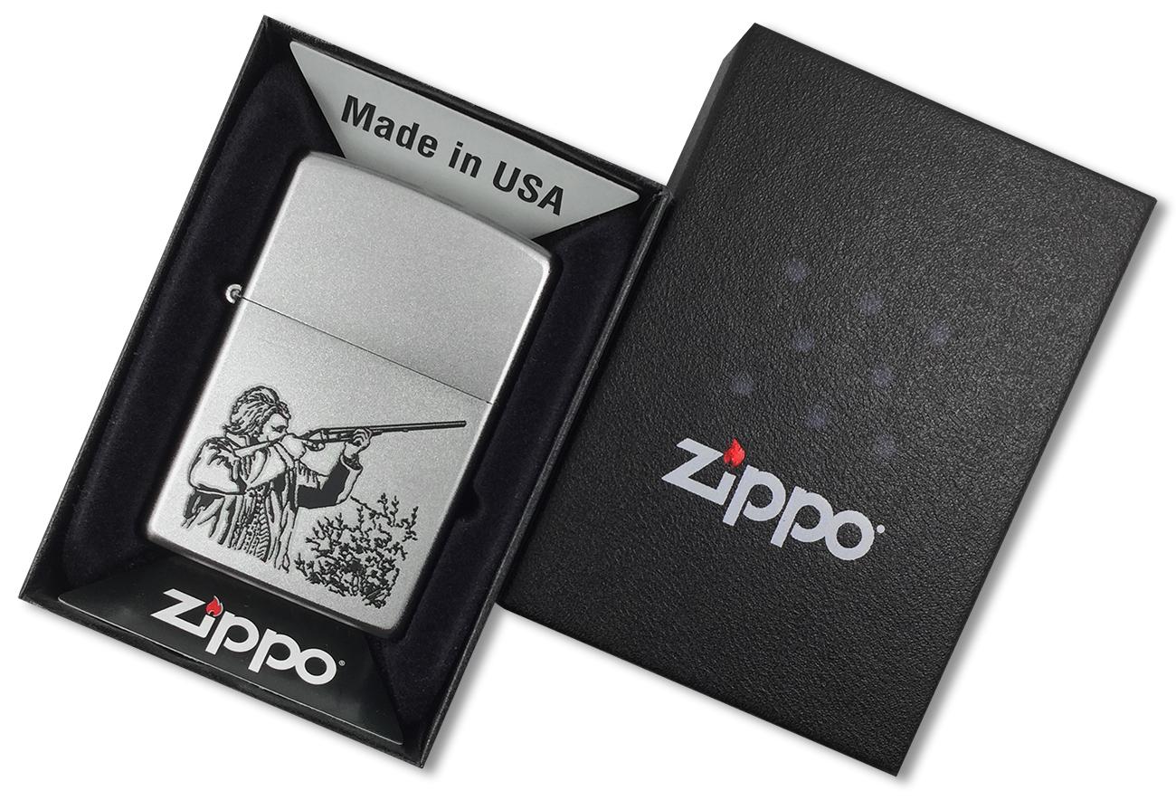 205 Hunter Зажигалка Zippo, Satin Chrome - в подарочной упаковке