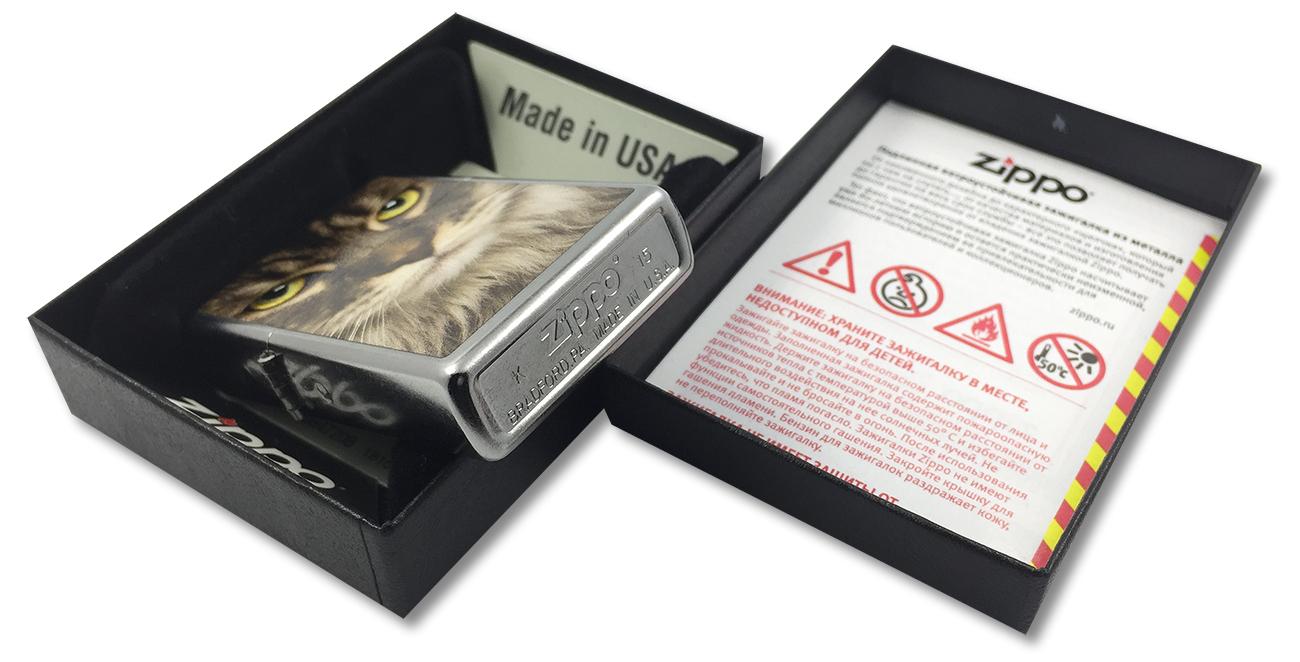 207 Зажигалка Zippo Maine Coon Cat, Street Chrome - заводской штамп на дне зажигалки