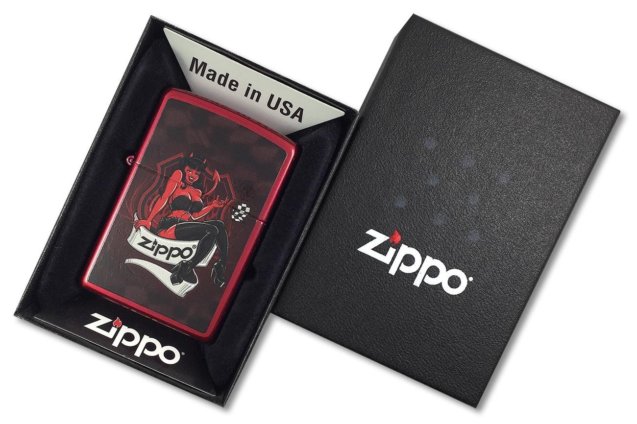 21063 Devil Girl Зажигалка Zippo, Candy Apple Red - в подарочной коробке