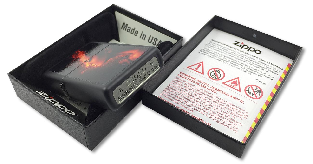 218 Burning Woman Зажигалка Zippo, Black Matte - заводской штамп на дне зажигалки зиппо