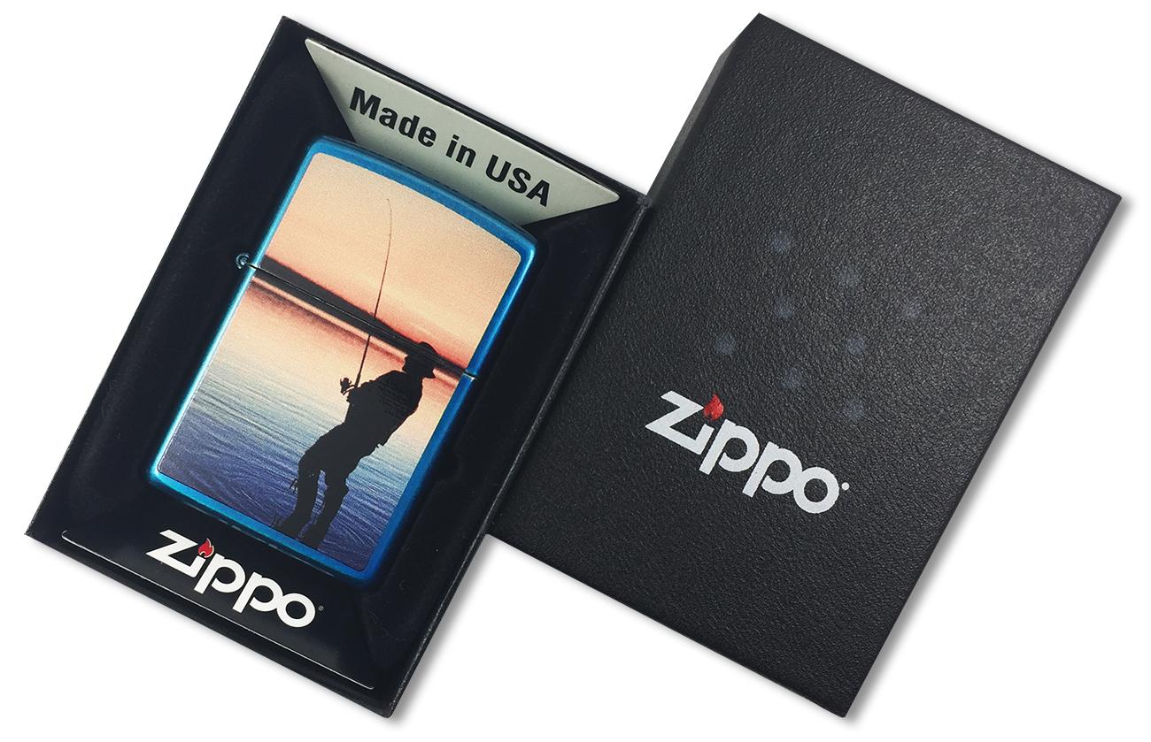 24534 Fisherman Зажигалка Zippo, Вечерняя рыбалка, Cerulean - в подарочной упаковке
