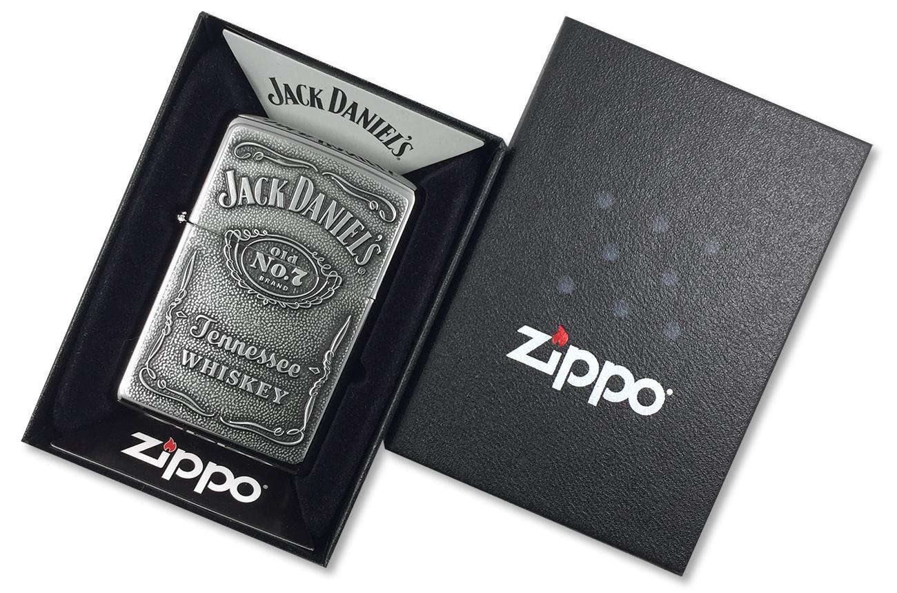 250JD.427 Зажигалка Zippo Jack Daniel's Label Pewter Emblem, Polish Chrome - в подарочной упаковке