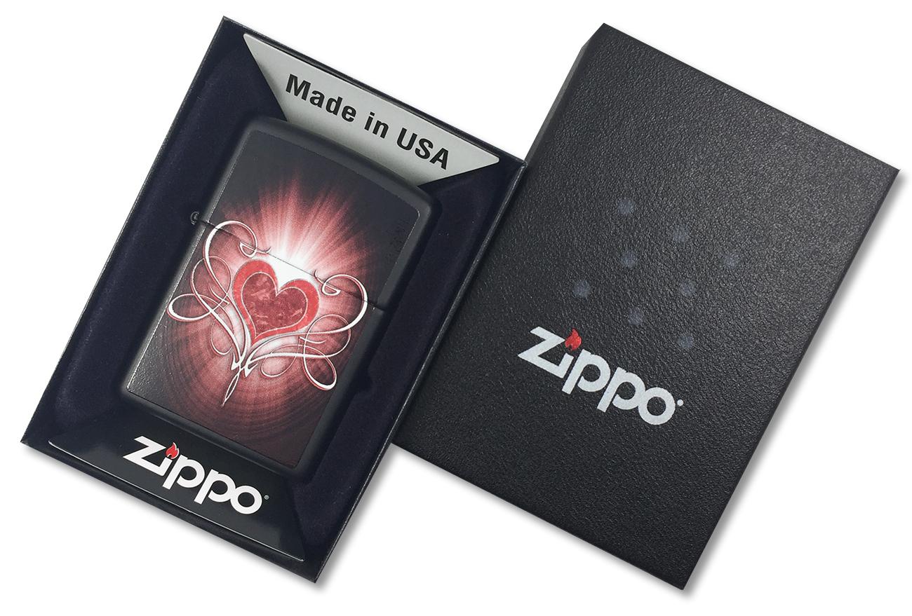 28043 Зажигалка Zippo Heart, Black Matte - в подарочной упаковке