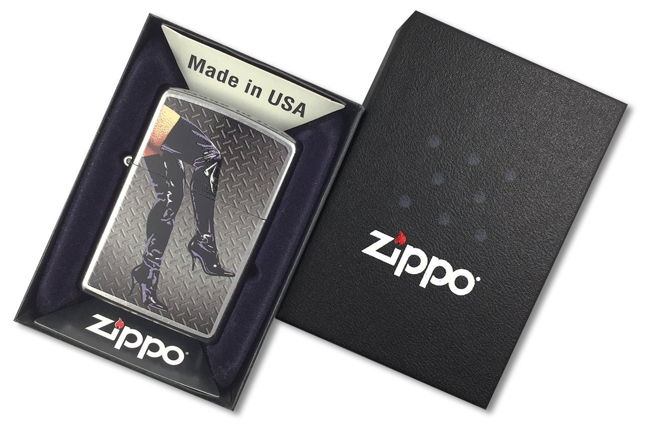 28055 Зажигалка Zippo Legs in Boots, Street Chrome - в подарочной коробке зиппо