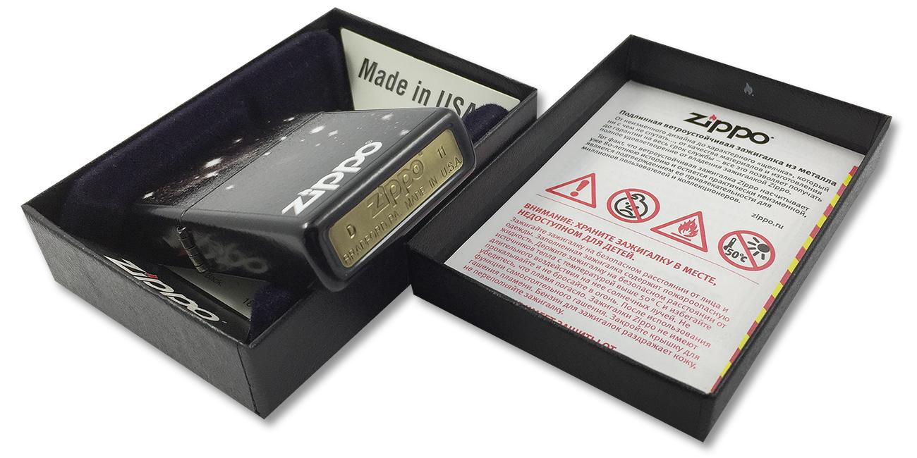 28058 Зажигалка Zippo Galaxy, Licorice - штамп на дне зажигалки