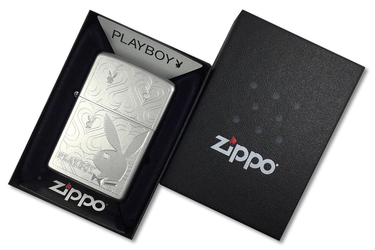 28077 Зажигалка Zippo Playboy Hearts, Satin Chrome - в подарочной упаковке