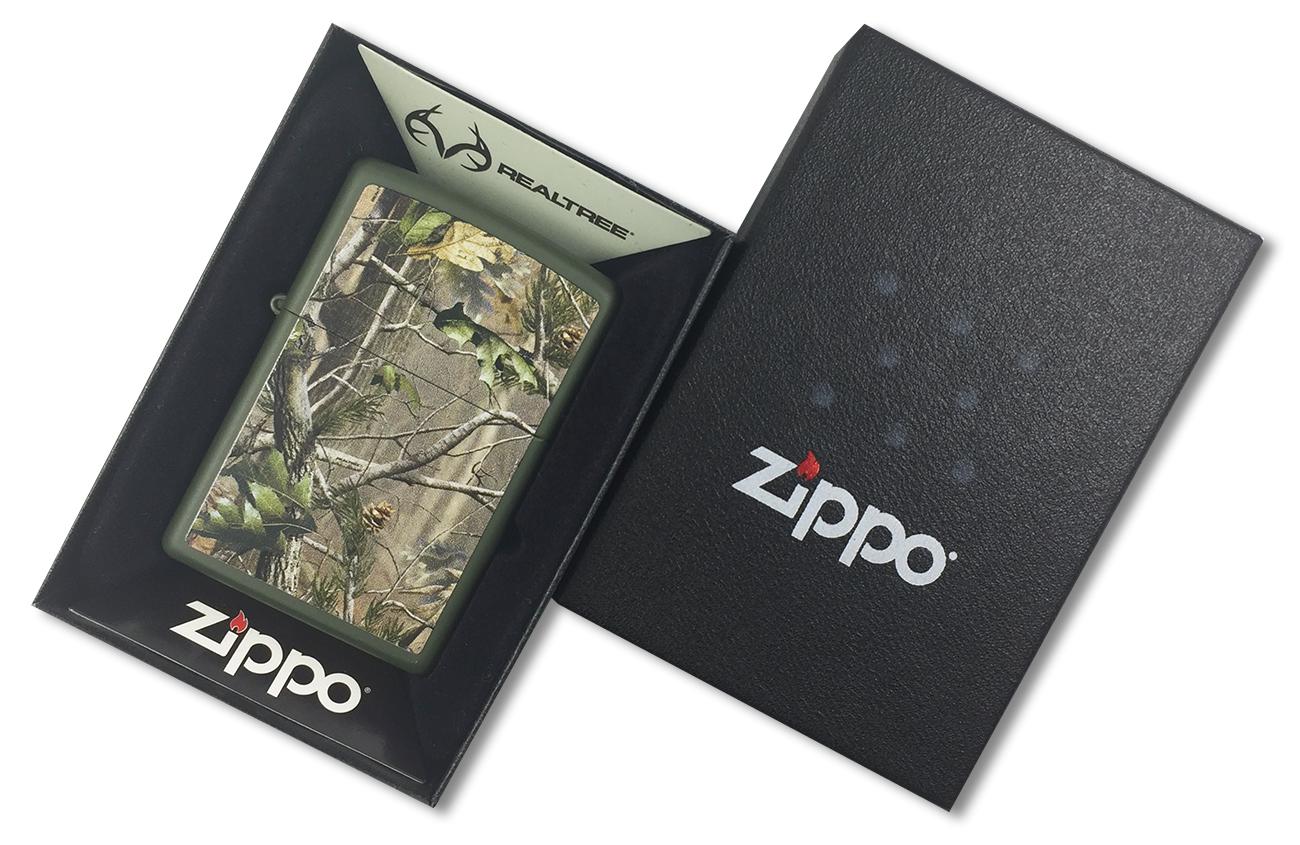28079 Зажигалка Zippo Realtree APG, Matte Green - в подарочной упаковке