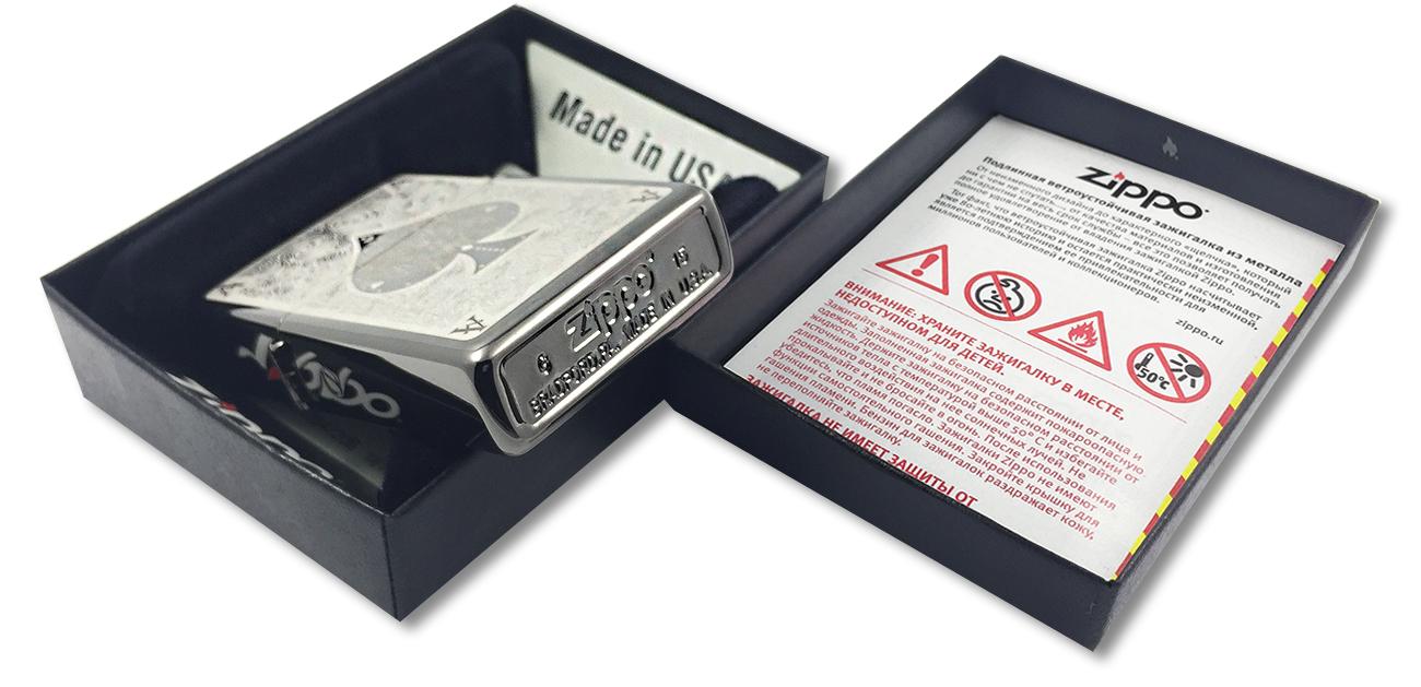 28323 Зажигалка Zippo Ace Filigree, Black Ice - заводской штамп на дне зажигалки