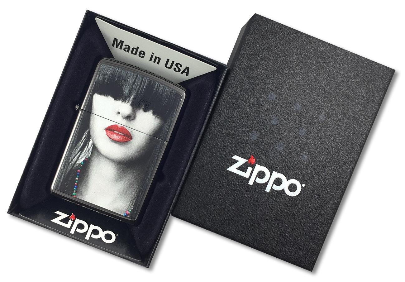 28536 Зажигалка Zippo Woman Red Lips, Ebony - в подарочной коробке