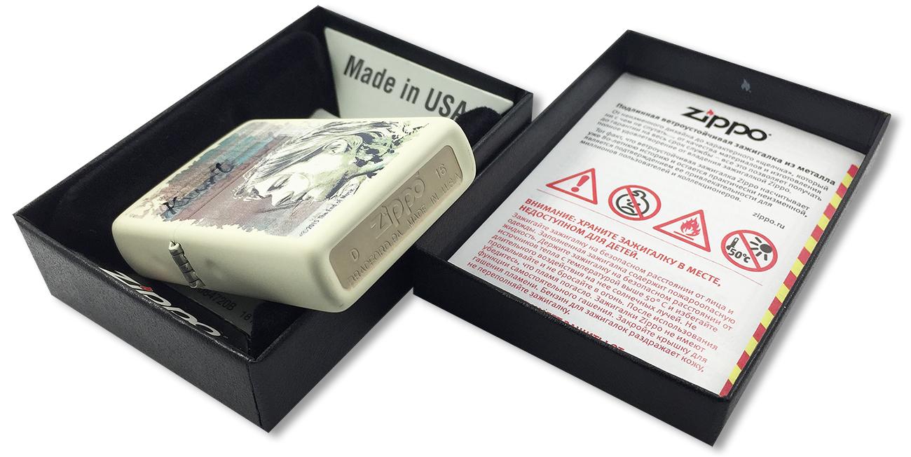 29051 Зажигалка Zippo Kurt Cobain, Cream Matte - заводской штамп на дне зажигалки