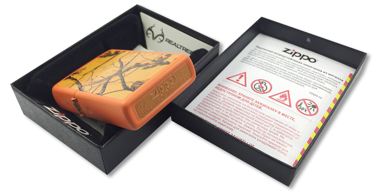 29130 Зажигалка Zippo Realtree AP Blaze, Orange Matte - заводской штамп на дне зажигалки
