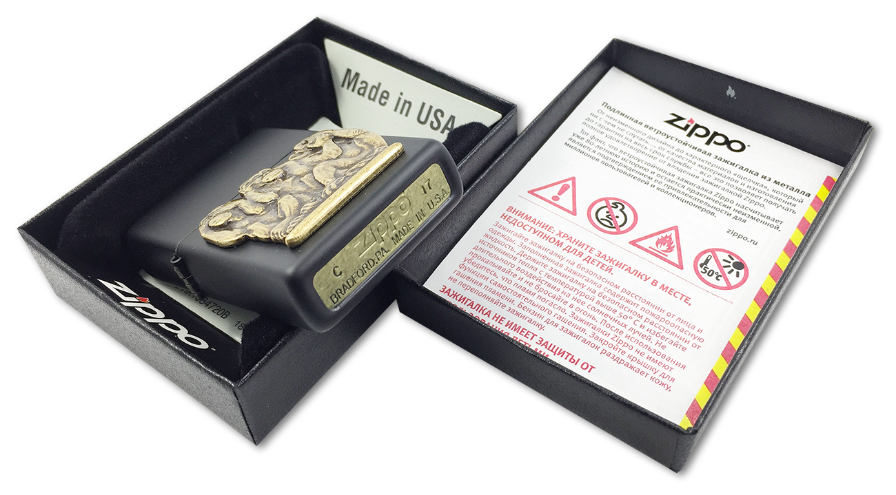 29409 Зажигалка Zippo Three Monkeys, Black Matte - заводской штамп на дне зажигалки