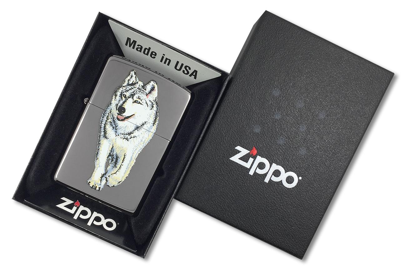 769 Зажигалка Zippo Wolf Black Ice - в подарочной коробке