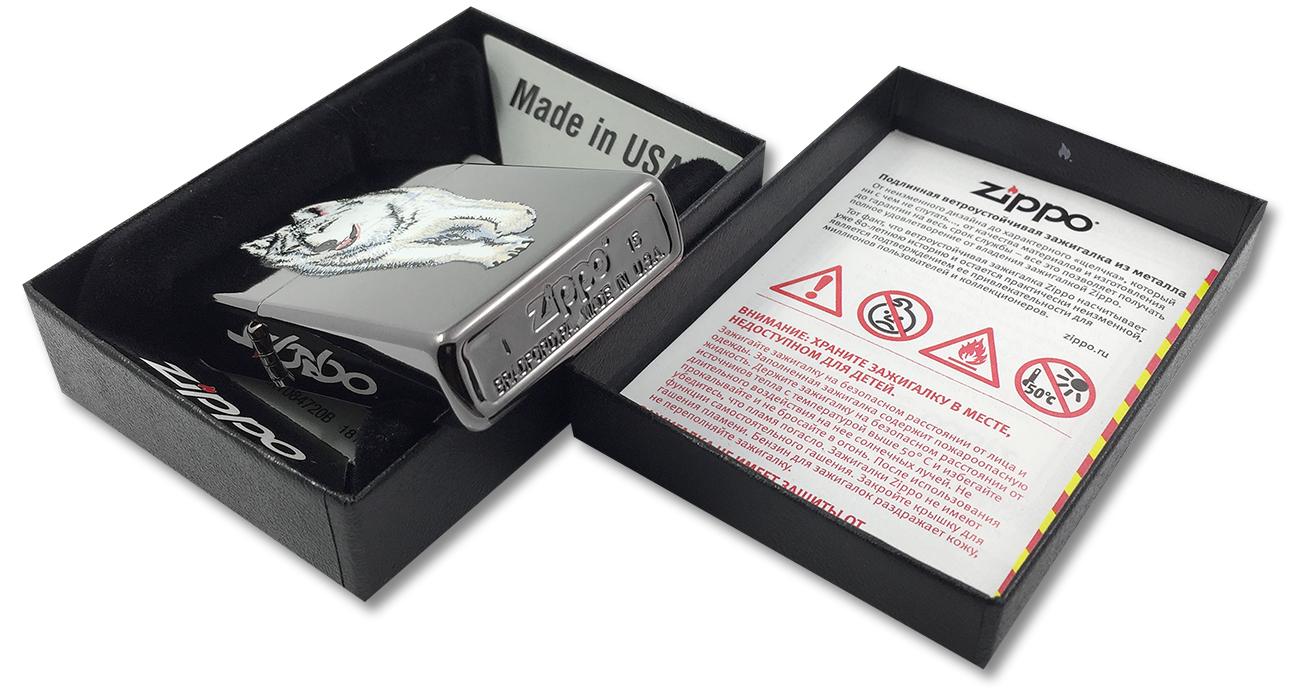 769 Зажигалка Zippo Wolf Black Ice - заводской штамп на дне зажигалки