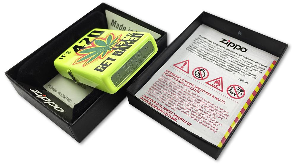 28887 Зажигалка Zippo Let's Get Baked Design, Neon Lemon - заводской штамп на дне зажигалки