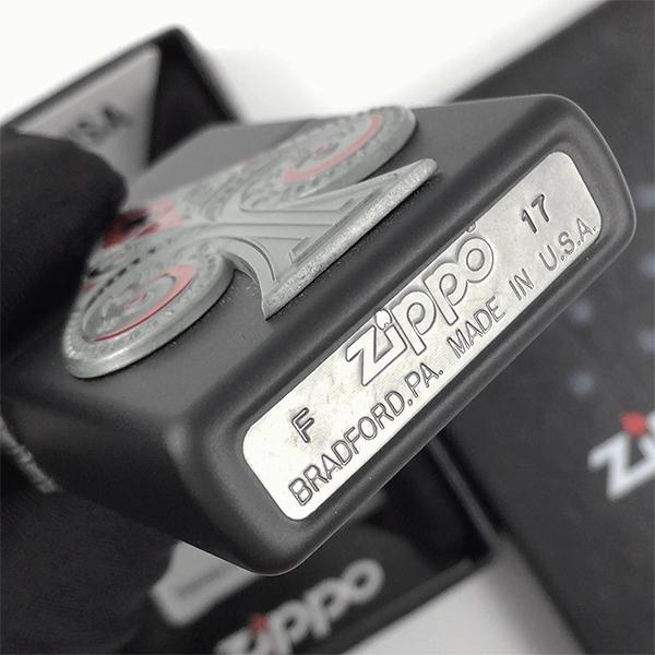29491 Зажигалка Zippo Spade Emblem, Black Matte - заводской штамп на дне зажигалки