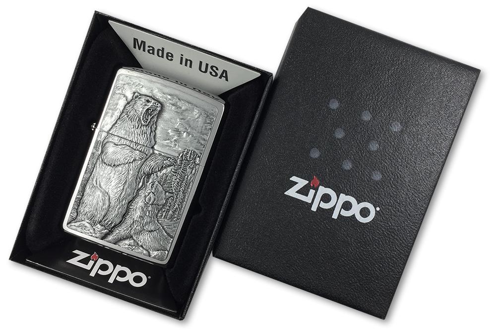 29636 Зажигалка Zippo Bear vs Wolf Emblem, Brushed Chrome - в подарочной коробке