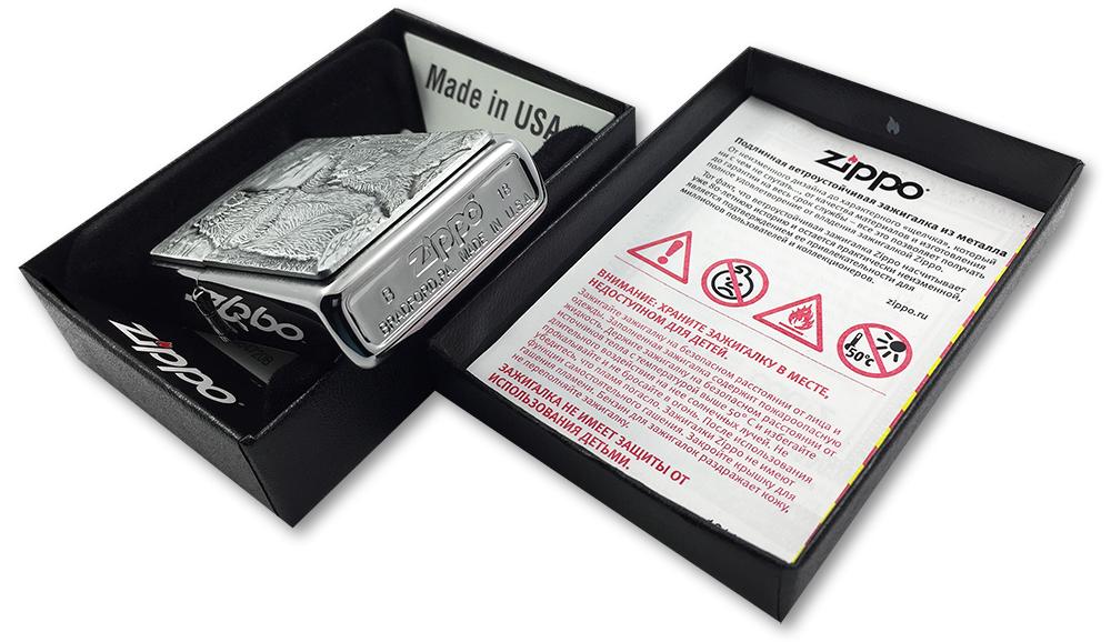 29636 Зажигалка Zippo Bear vs Wolf Emblem, Brushed Chrome - заводской штамп на дне зажигалки