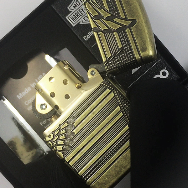 29898 Зажигалка Zippo Harley-Davidson® 2019 Collectible, Armor Antique Brass