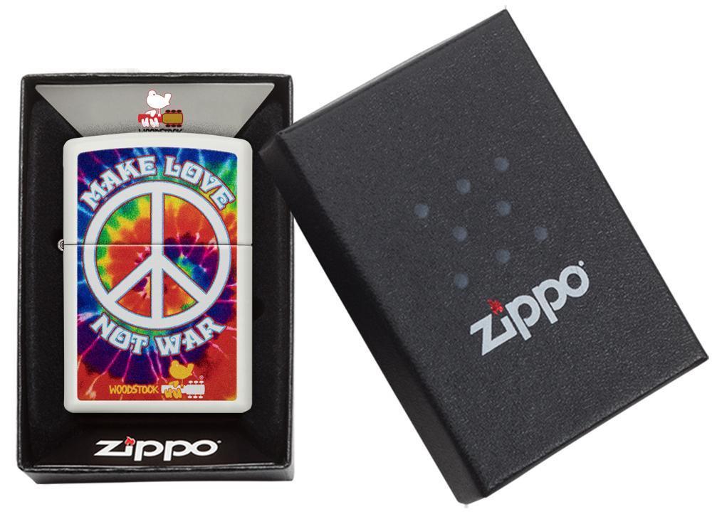 49013 Зажигалка Zippo Woodstock, White Matte упаковка