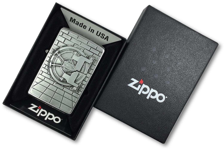 29555 Зажигалка Zippo Safe with Gold Cash Surprise Emblem, Street Chrome в открытой коробке