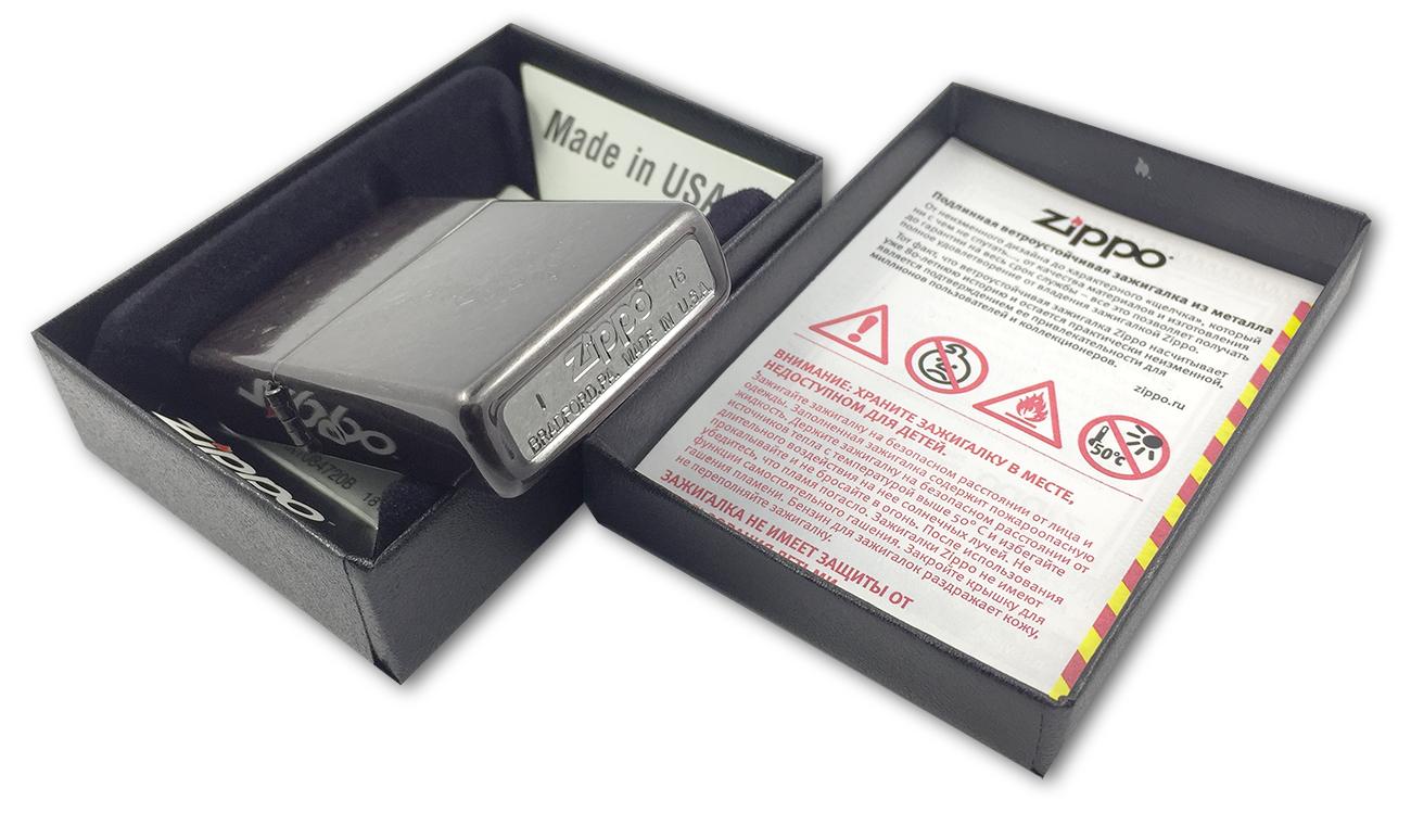 29431 Зажигалка Zippo Iced Paisley, Gray Dusk - заводской штамп на дне зажигалки