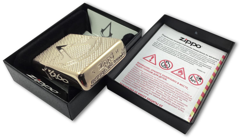 29519 Зажигалка Zippo Deep Carved Assassin's Creed, Polish Brass штамп на донышке