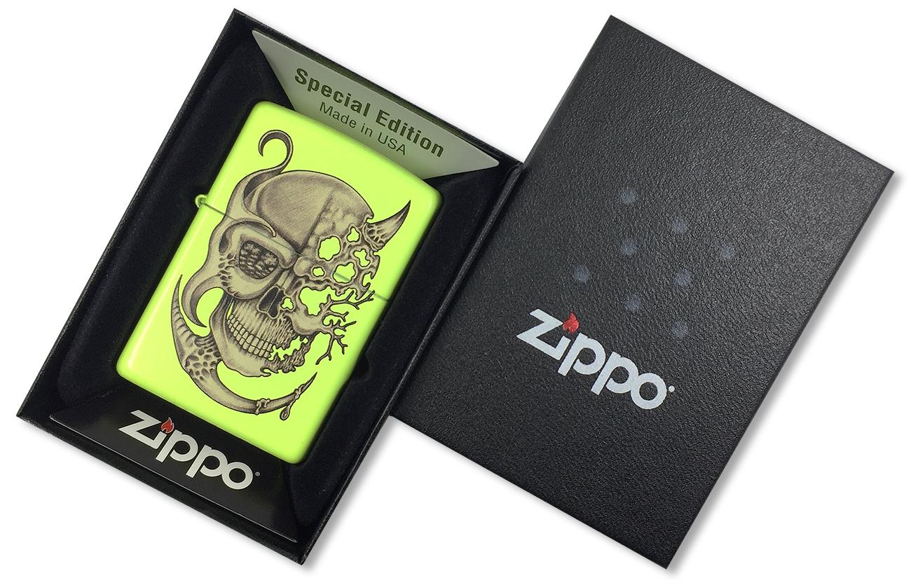 28887 Зажигалка Zippo Surreal Skull, Neon Yellow - в подарочной коробке